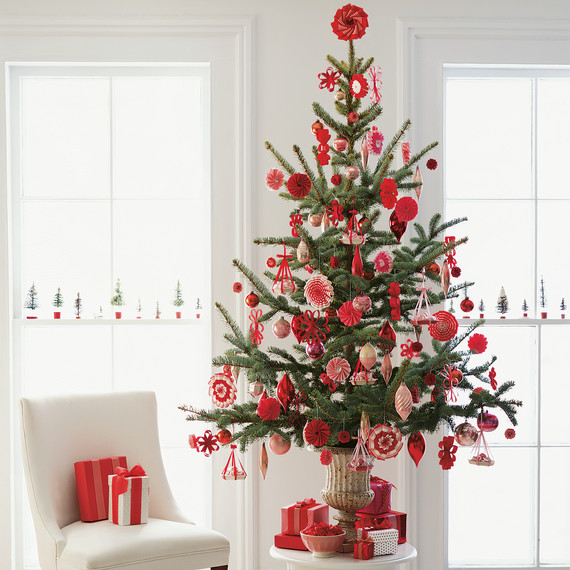 Martha Stewart Christmas Tree Topper: What Does Your Christmas Tree Style Say About You