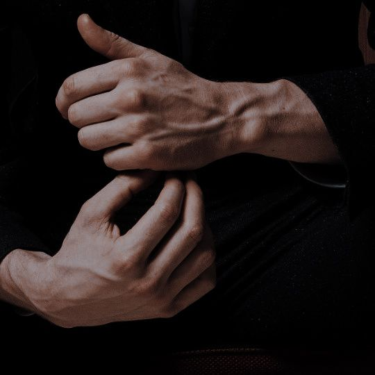 articulație pe cea de-a doua degetul doare)