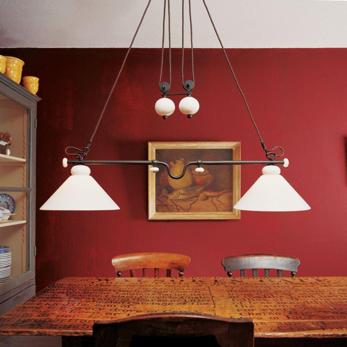 gestell aus eisen mit zierteilen aus keramik ideal f r den landhausstil landhaus lampen. Black Bedroom Furniture Sets. Home Design Ideas