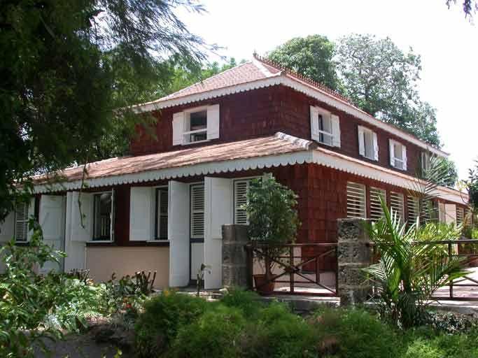 In Situ - N° - Maisons de maître et habitations coloniales dans les