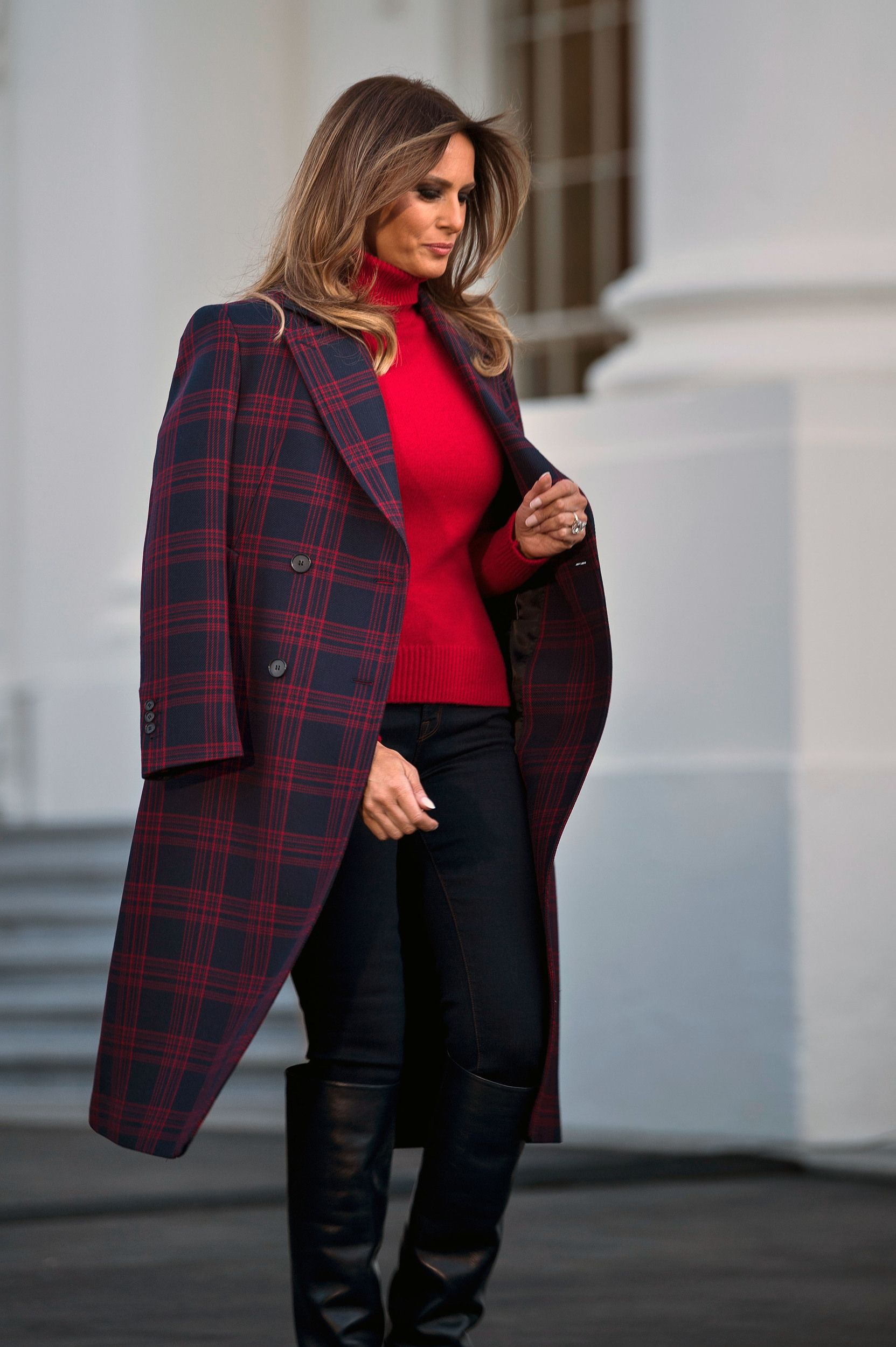 e65fd1453f4f US first lady Melania Trump arrives to receive a Christmas tree during an  event at the