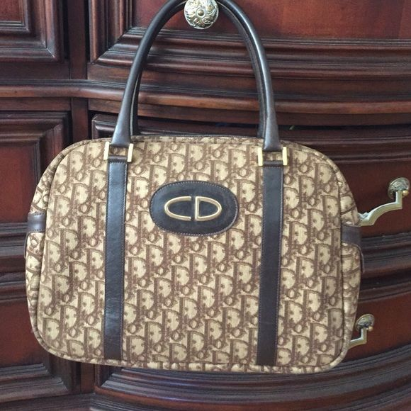 4c7e011481 Authentic Vintage Christian Dior Bag PRICE IS FIRM !!!!! For being vintage  , this bag is in an amazing condition !!! Light weight, great size, ...