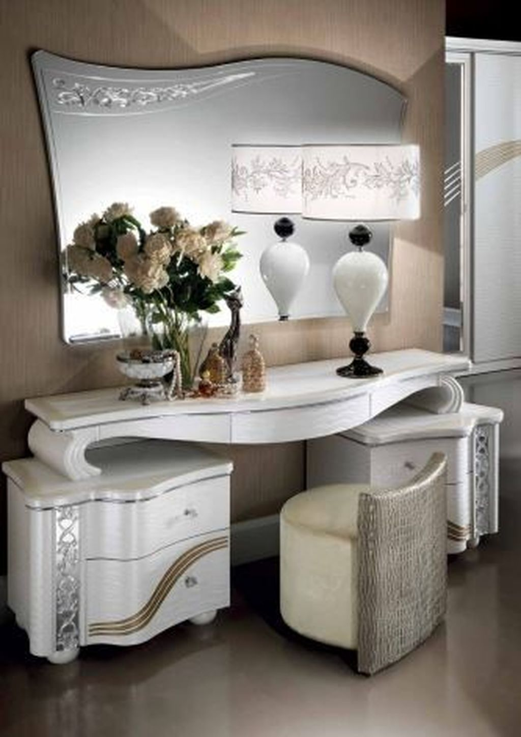 35 Beautiful Dressing Table Design For Your Room ...