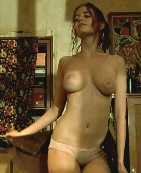 julianna guill plan nude scene