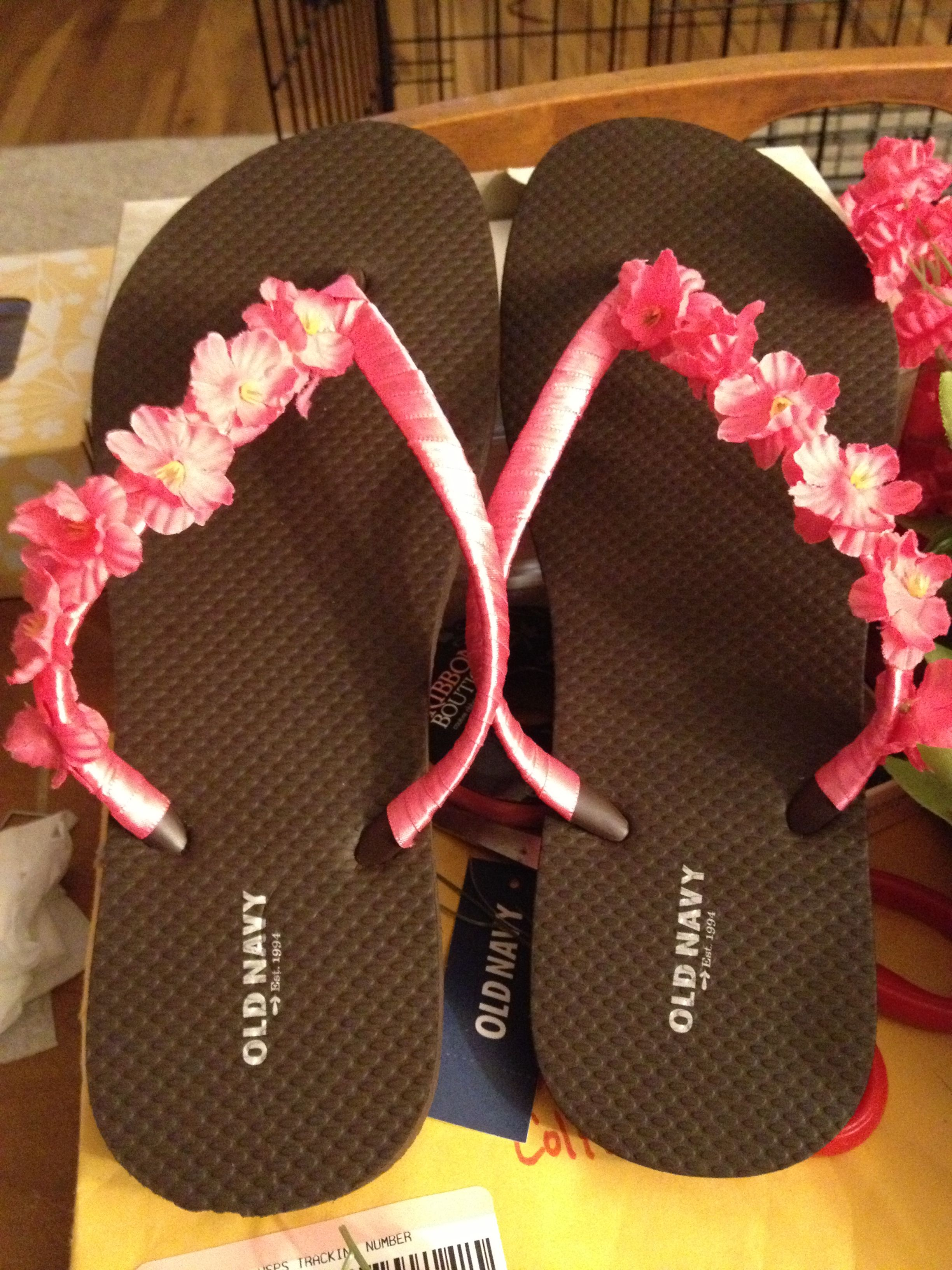 bf933be7e DIY bridesmaid flip flops! Using 2  old navy flip flops ...