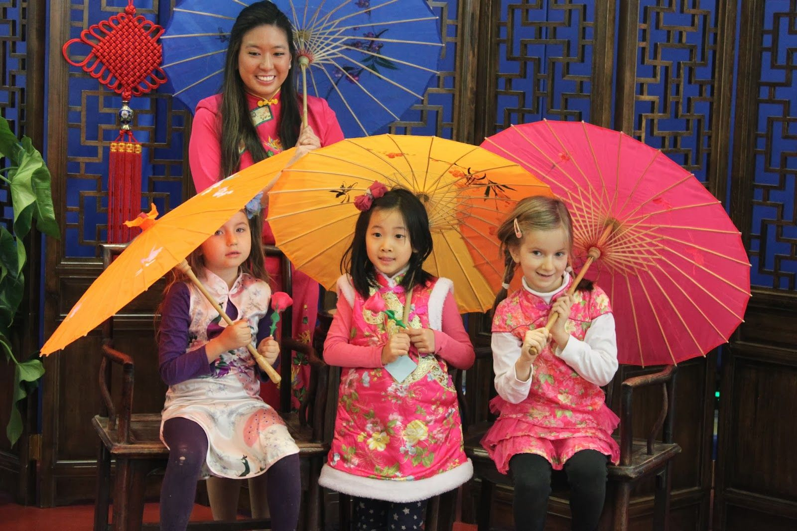 how to celebrate chinese new year in school