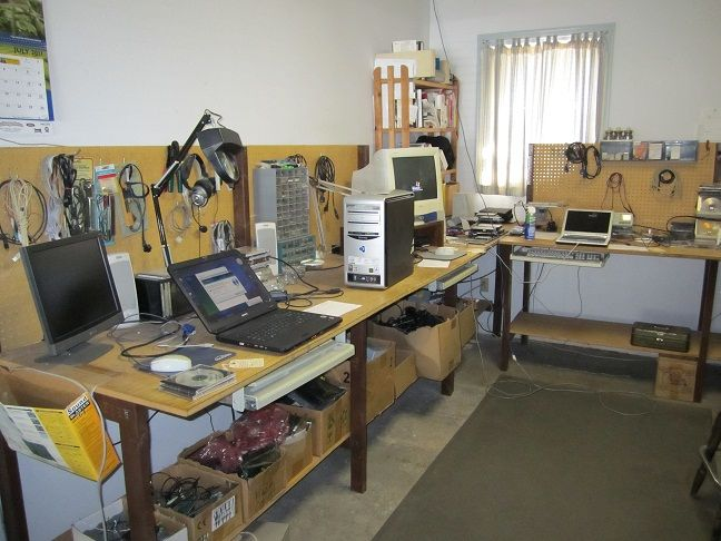 Computer Repair Workbench Google Search Computer Repair Shop Computer Repair Workbench Computer Maintenance