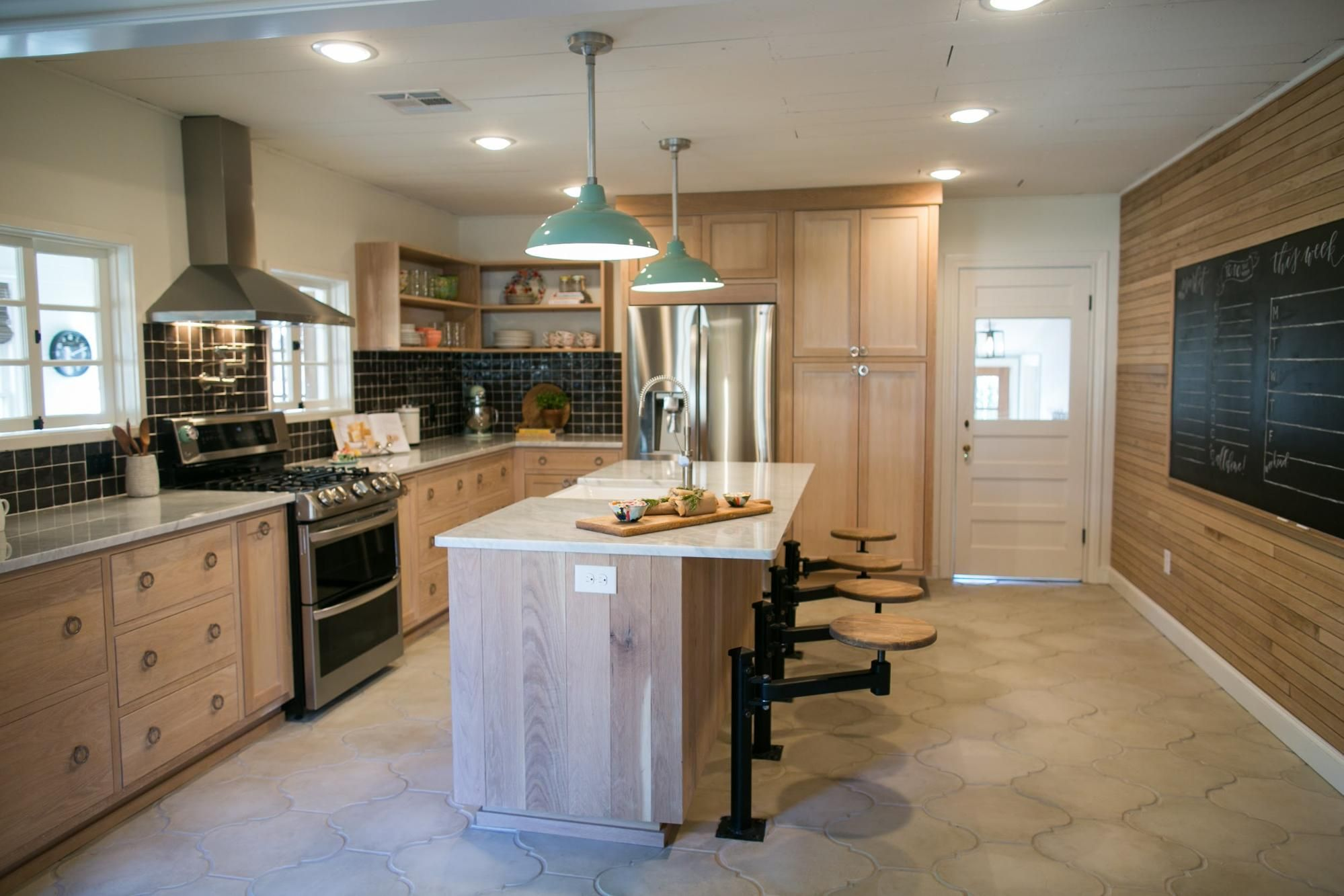 Fixer Upper Fixer Upper Kitchen Upper Kitchen Cabinets Fixer Upper