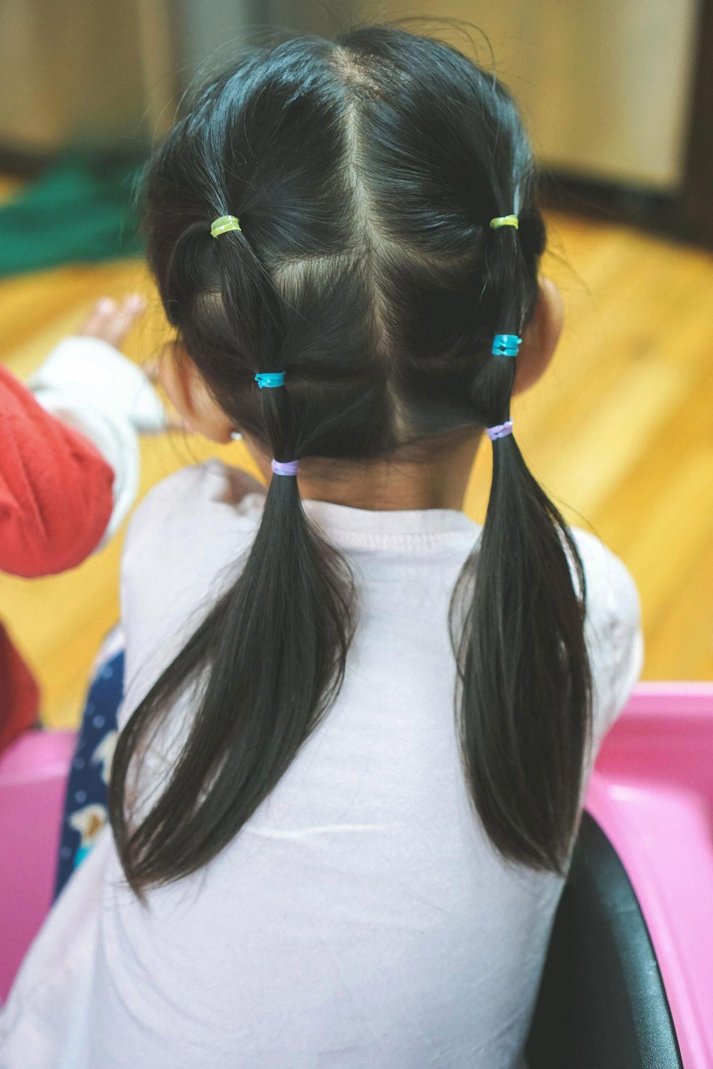 toddler girl sporting a quick and easy hairstyle for little girls #easykidshairstyles | Easy ...