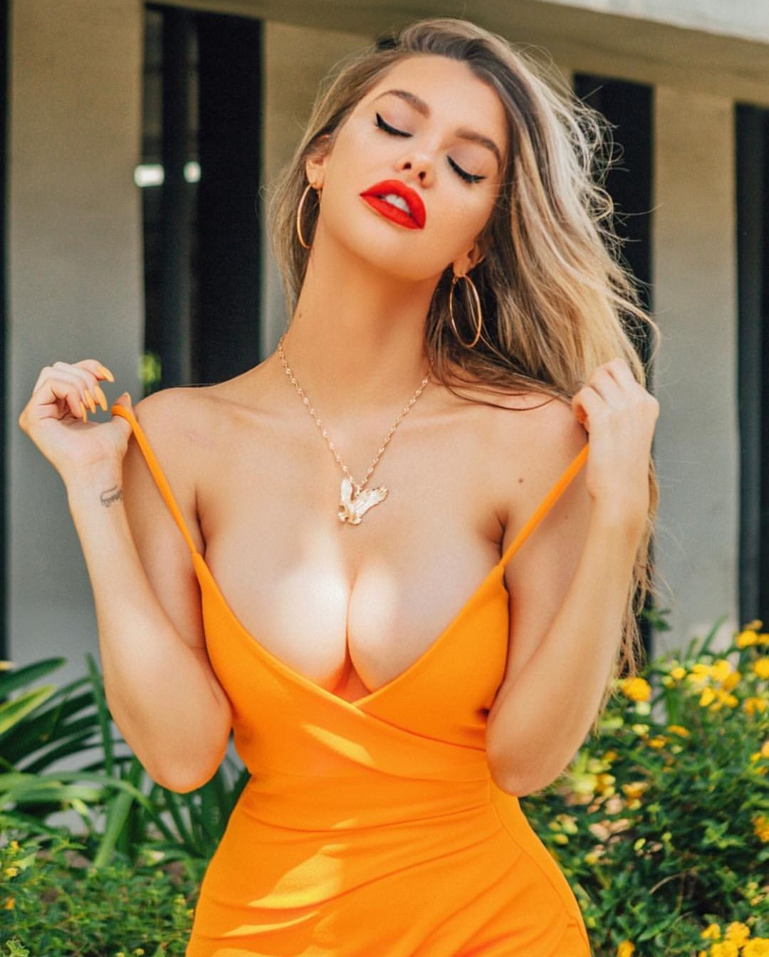 Is a cute Emily Sears nude (45 foto and video), Sexy, Is a cute, Twitter, legs 2015