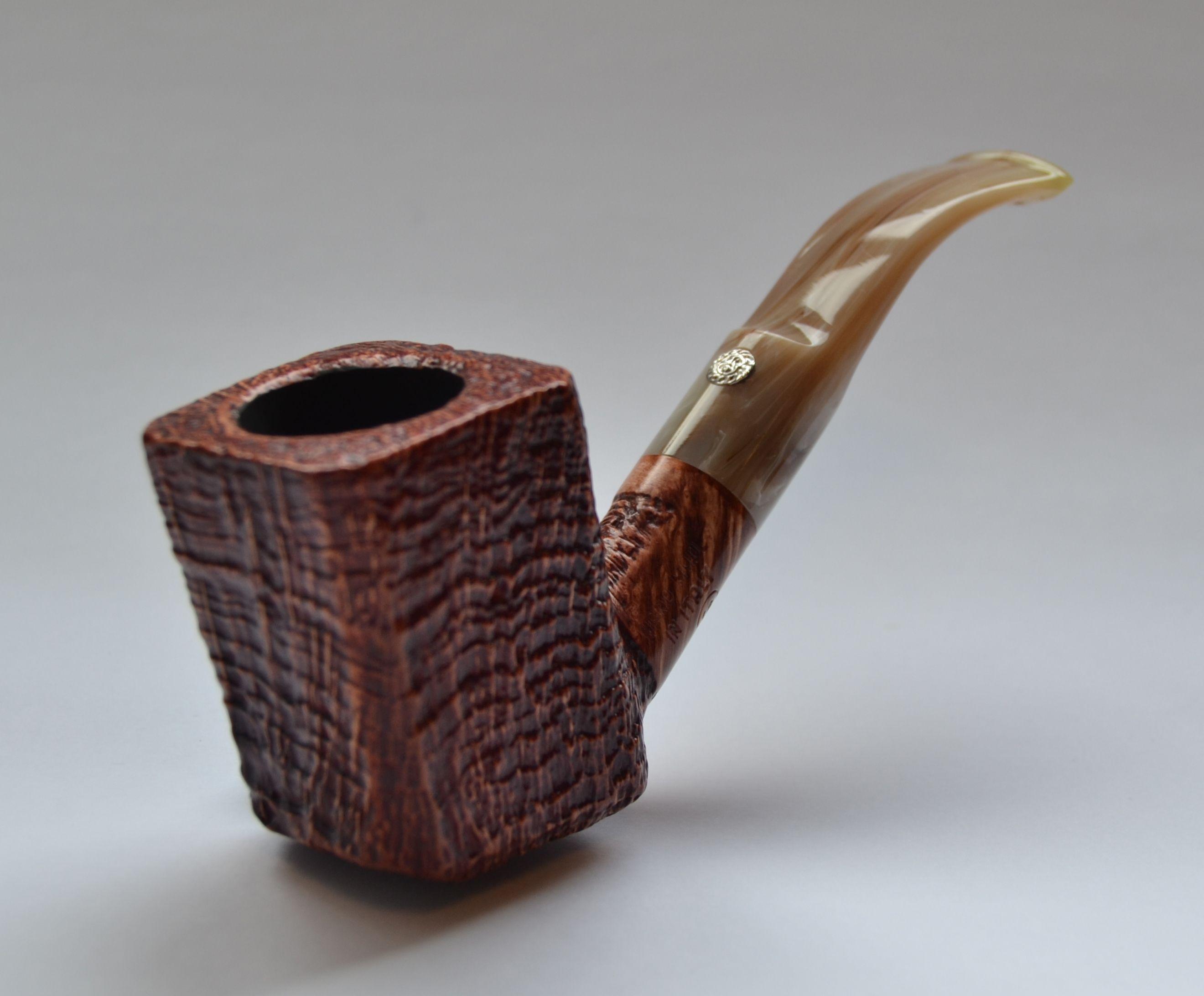 """""""Mastro de Paja"""" pipe"""