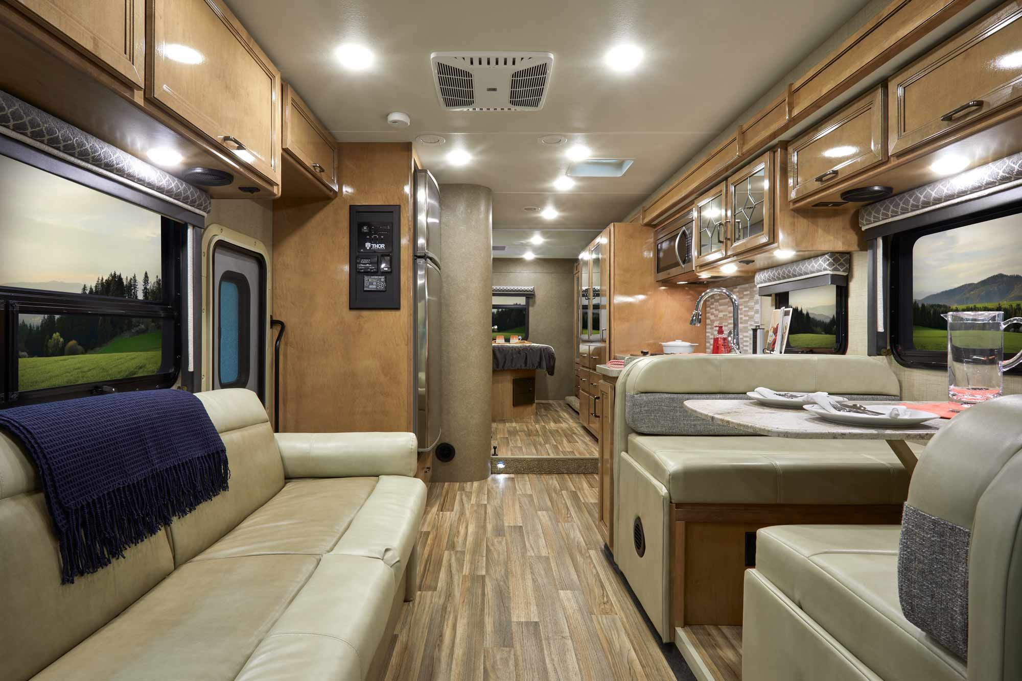 2019 Quantum Ws31 One Of Our Longest And Largest Class C Rvs