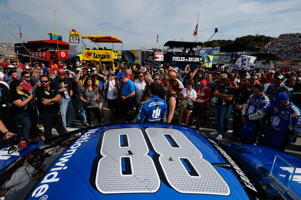 Jeff Gordon Photos Photos - A general view of the #88 Nationwide Chevrolet on the grid prior to the NASCAR Sprint Cup Series Goody's Fast Relief 500 at Martinsville Speedway on October 30, 2016 in Martinsville, Virginia. - NASCAR Sprint Cup Series Goody's Fast Relief 500