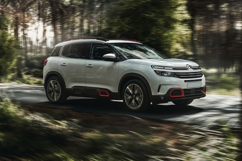Citroen C5 Aircross Front Right View Image Upcoming Cars