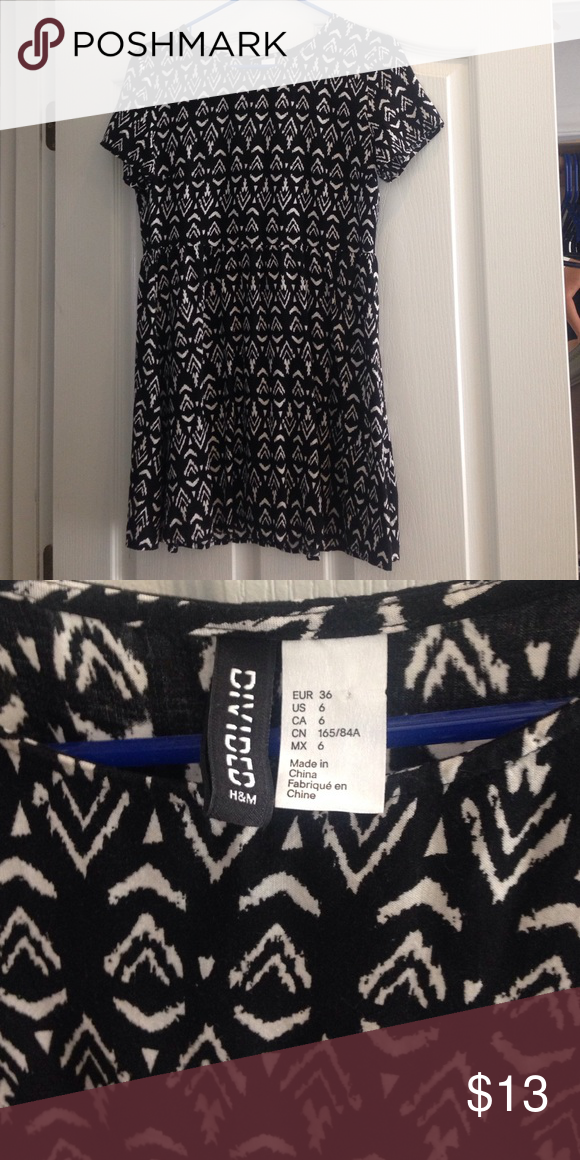 Black and white tribal pattern midi dress Super cute, loose fitting dress. In great condition, only worn twice. I'm 5'4 and it hits me about mid-thigh. Non-smoking home. Offers welcome! H&M Dresses Midi