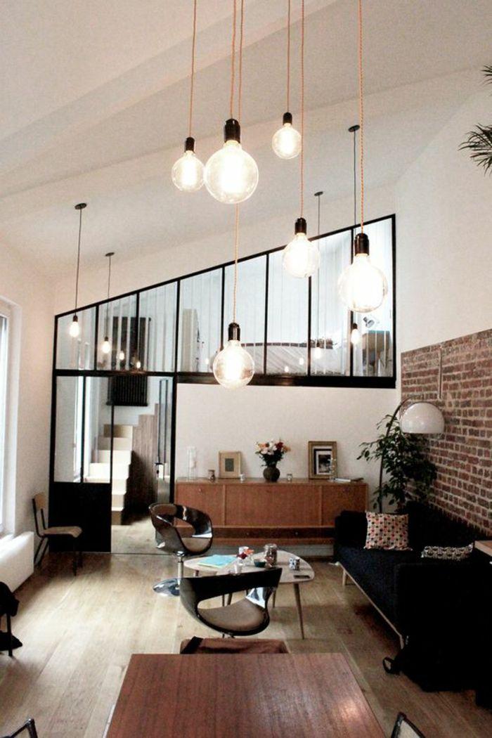 Casas minimalistas sofa en negro pared con ladrillos l mparas colgantes dise o de interiores - Lamparas colgantes minimalistas ...