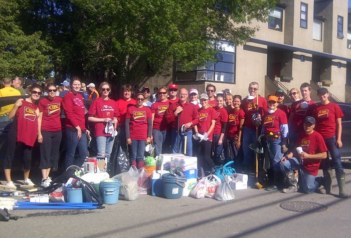 #CIBC employees helping out during the #AlbertaFlood.