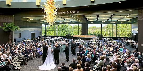 Venue Frederik Meijer Gardens This Picturesque Provides Many Indoor And Outdoor Options To