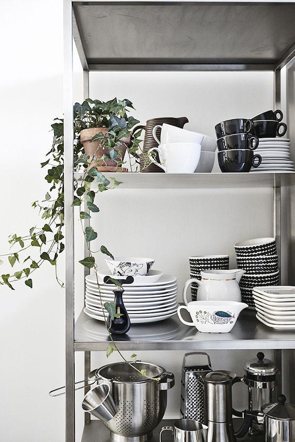 How To Rock IKEA Hyllis Shelves In Your Interior 31 Ideas - jamie oliver küchengeräte