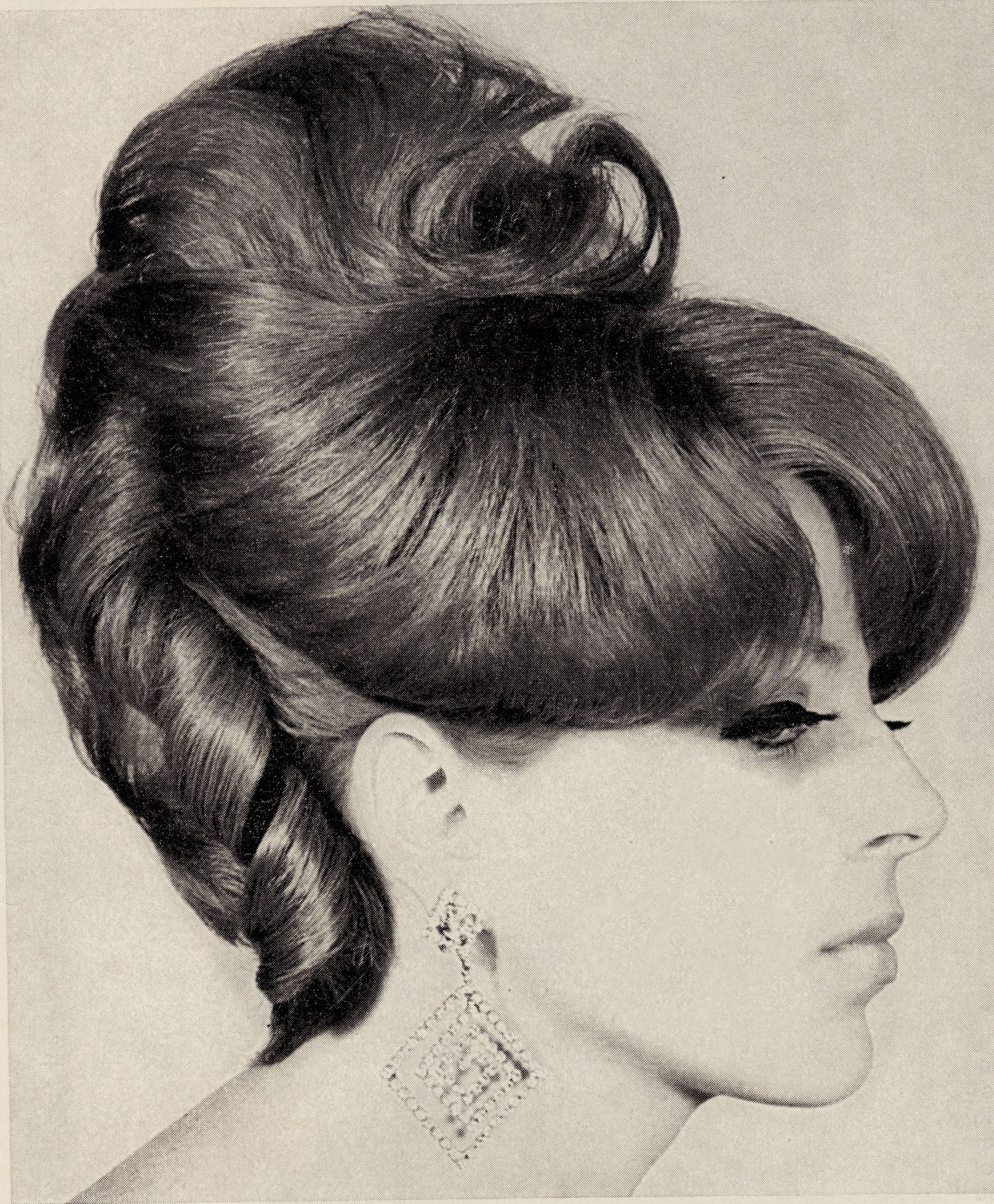 Coiffure 1960 Hairdo 25th November 1967 From Europe Haute Coiffure Dfz