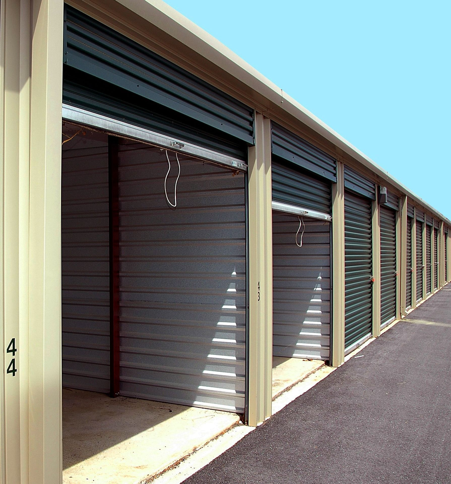 Get secure self storage in belfast at a lowcost in 2020