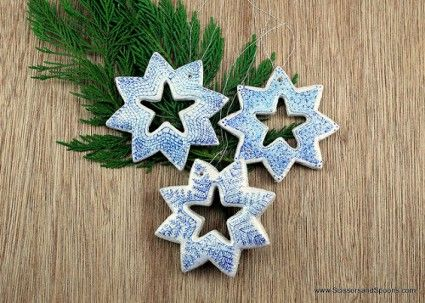 Adornos navideños en porcelana fría Clay ornaments, Pottery ideas - objetos navideos