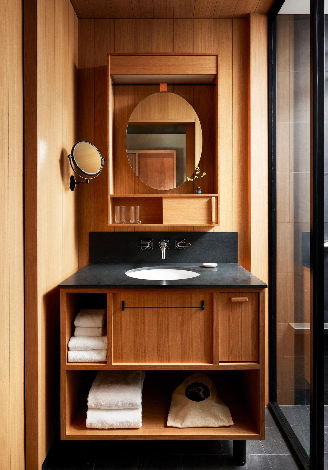 Ace Hotel Kyoto Is Perfect For Design Travelers Seeking Elevated Yet Unfussy Accommodations Japanese Interior Design Ace Hotel House Interior