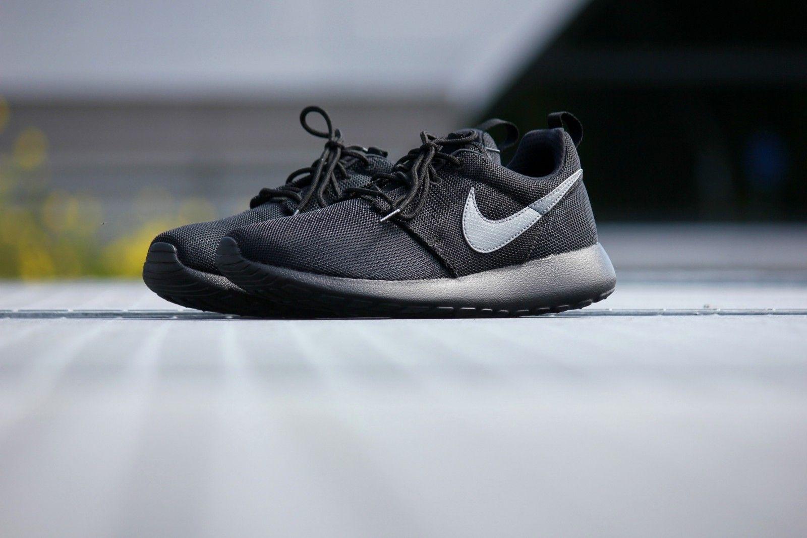 4f0ef084d594 ... nike roshe one black cool grey 599728 017