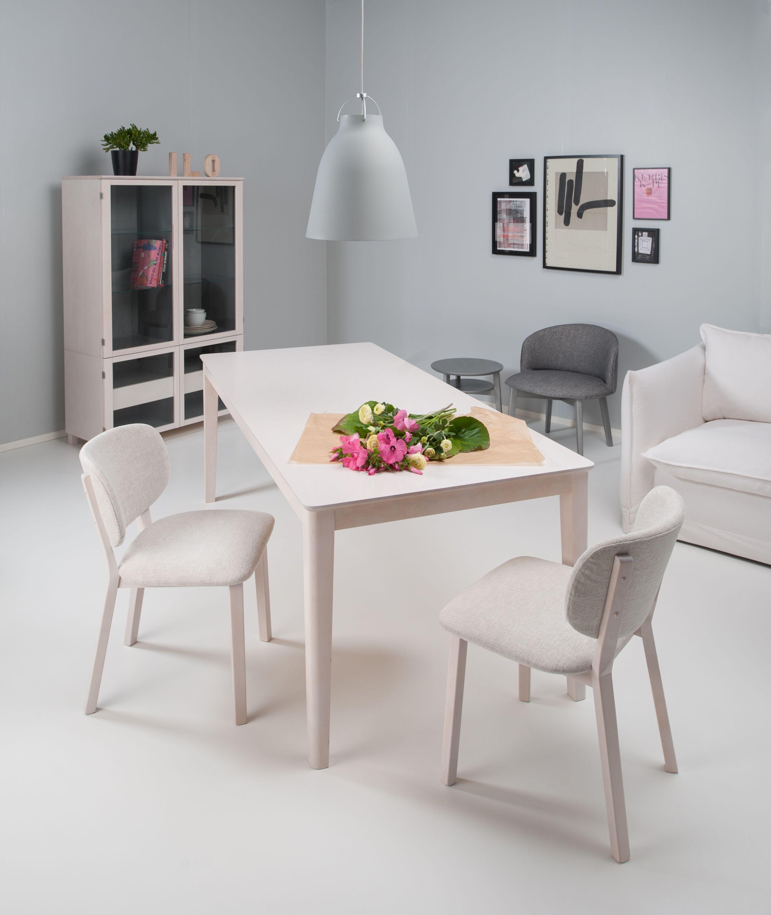Junet – Nora-pöytä. Massiivikoivua. Sini-tuoli. Koivua. Pöytä ja tuolit saatavilla eri väreissä. #habitare2014 #design #sisustus #messut #helsinki #messukeskus