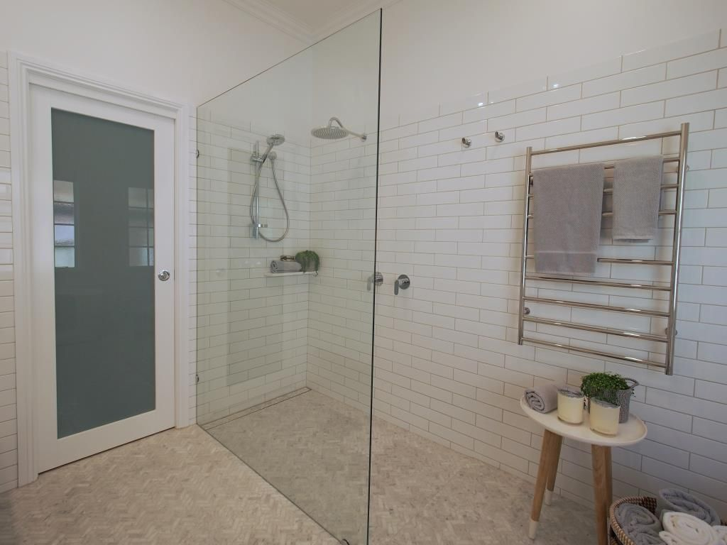A Heated Towel Rail Adjacent To The Walk In Shower Is The Ultimate Luxury Bathroom Renovations Bathroom Gallery Bathrooms Remodel