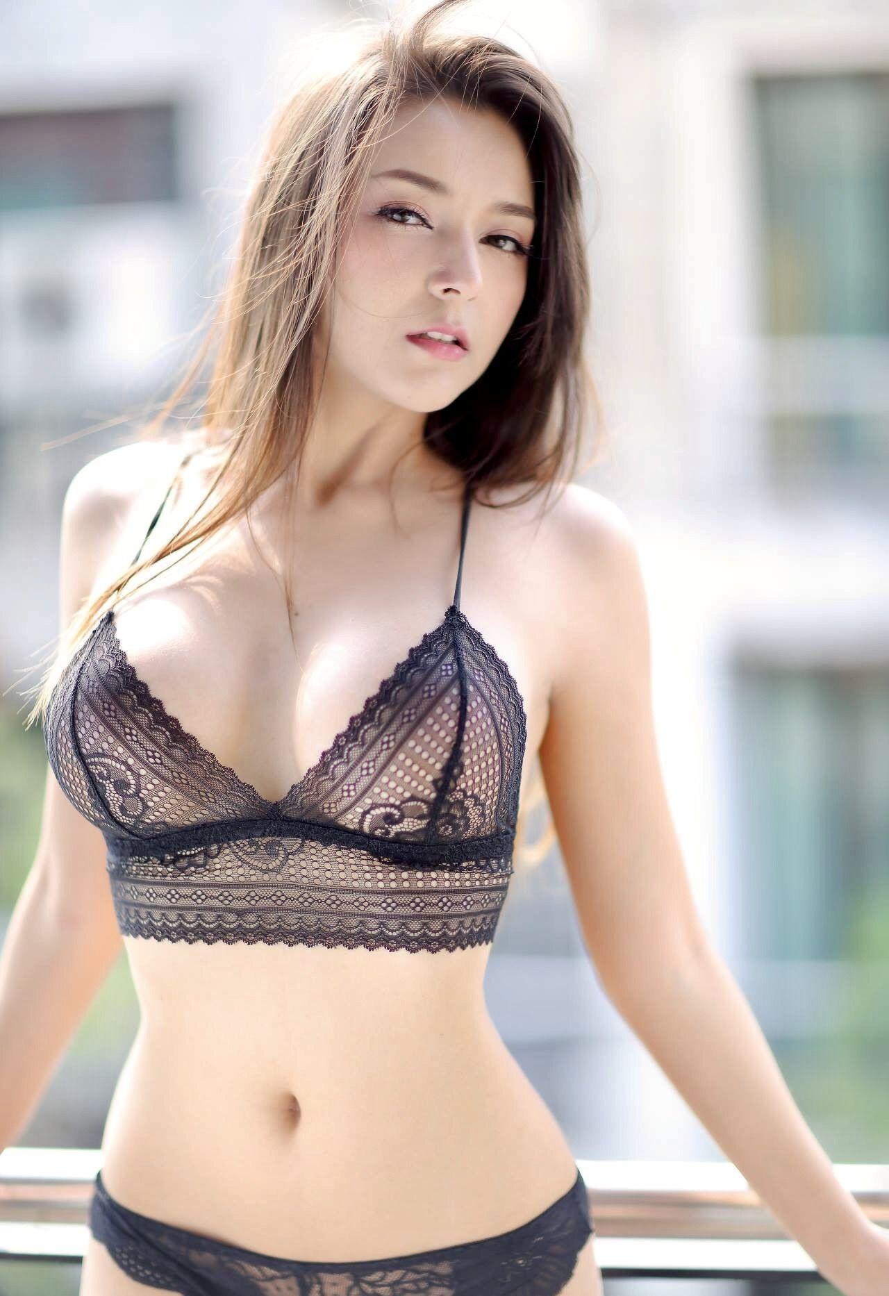 Indonesian hot girl eyeglasses - 4 1