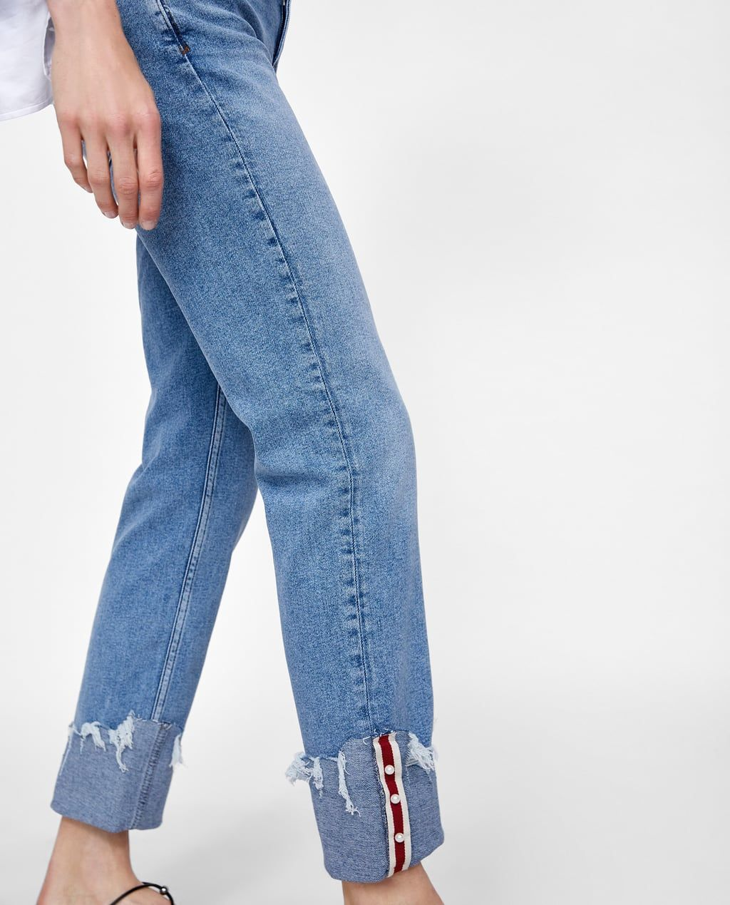 90e58591 Image 6 of Z1975 JEANS WITH PEARL-BEAD-TRIMMED CUFFS from Zara ...