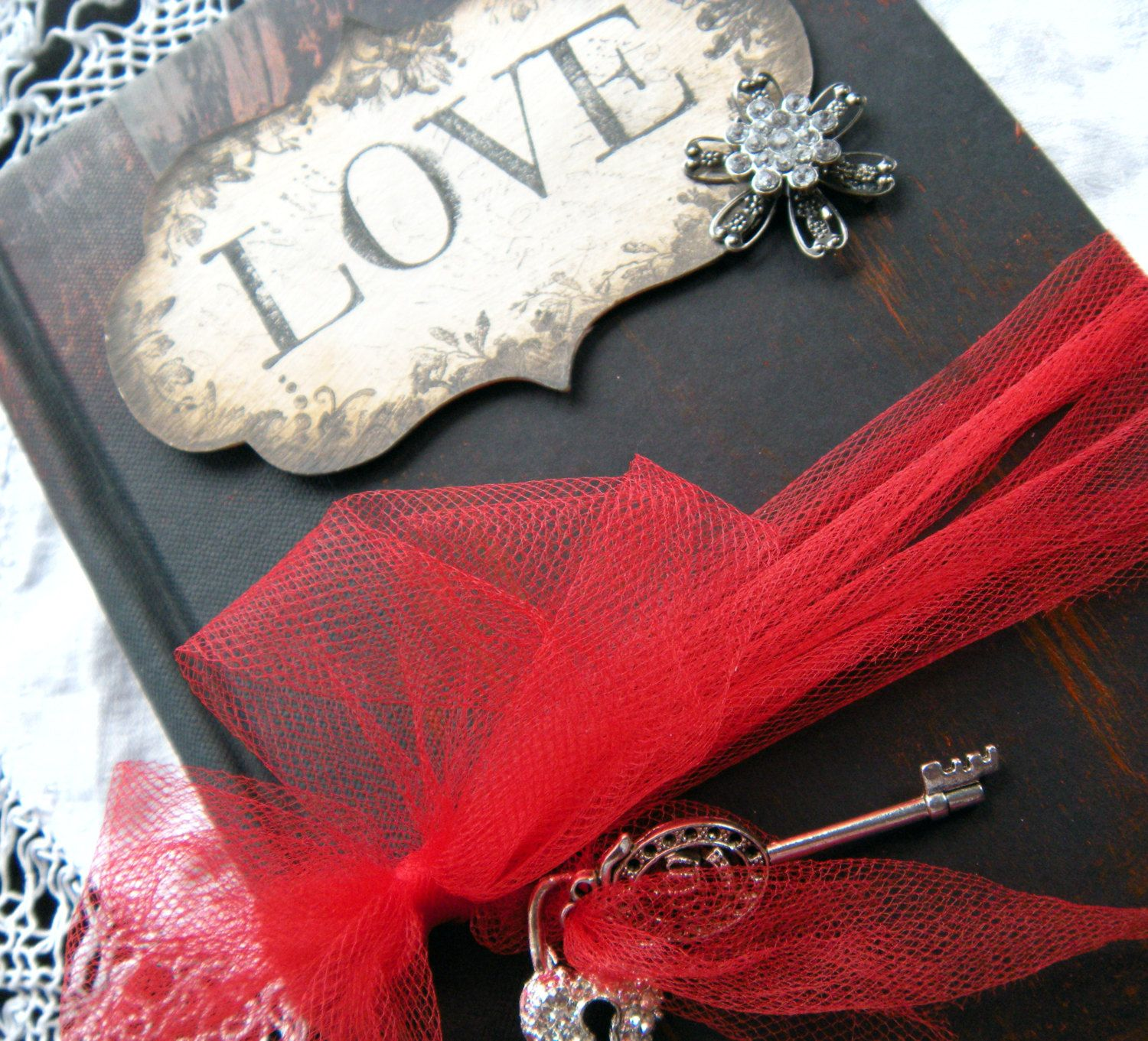 Gothic Style Weddings | Gothic Wedding Guest Book vintage style Ruby ...