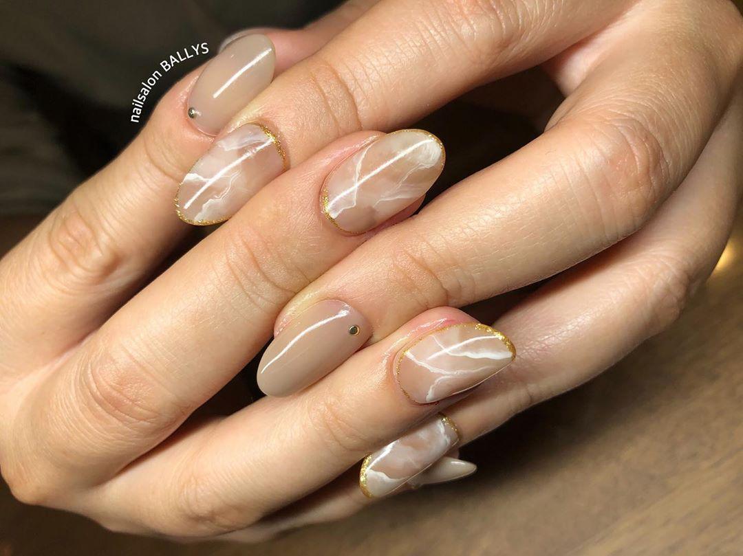 ベージュ🐪  #nail #nailart #nailsalon #gel #gelnail #nails