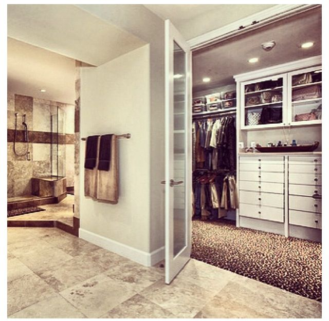 Walk in closet connected to bathroom m o b home design for Closet bathroom suites