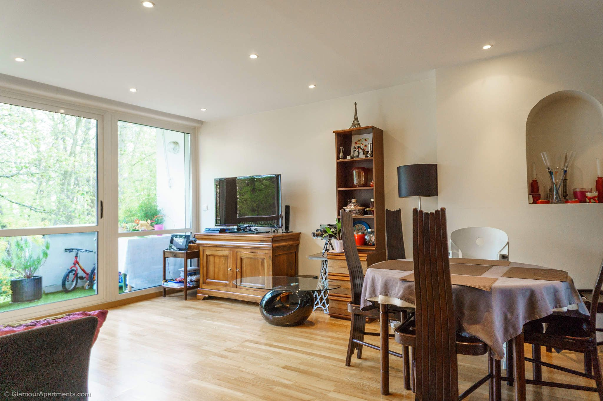 Apartment for sale in a Paris suburb - Vaucresson ...