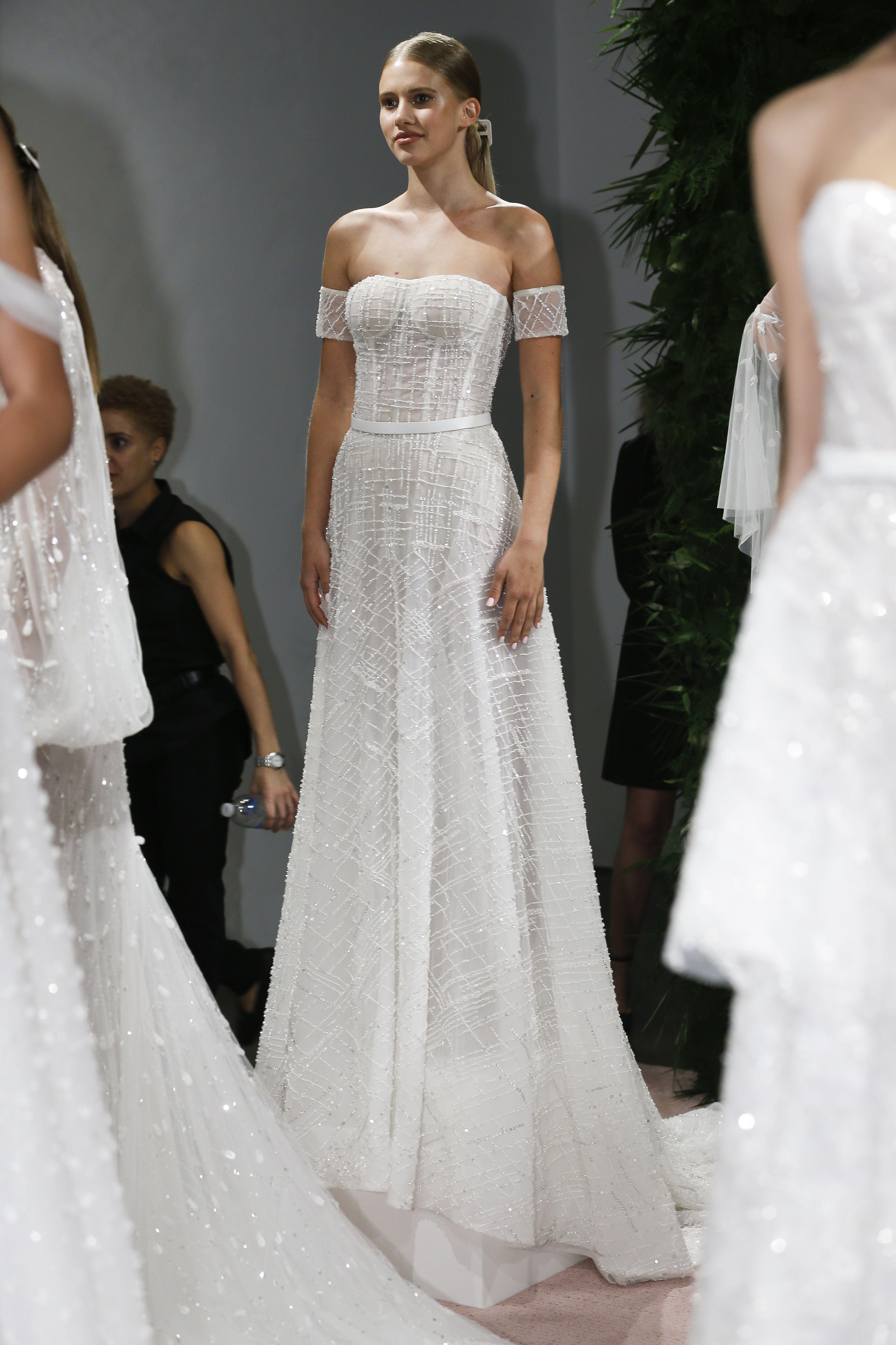 fd4fdaa230ca Lee Grebenau New York Bridal Fashion Week F/W2019 Collection