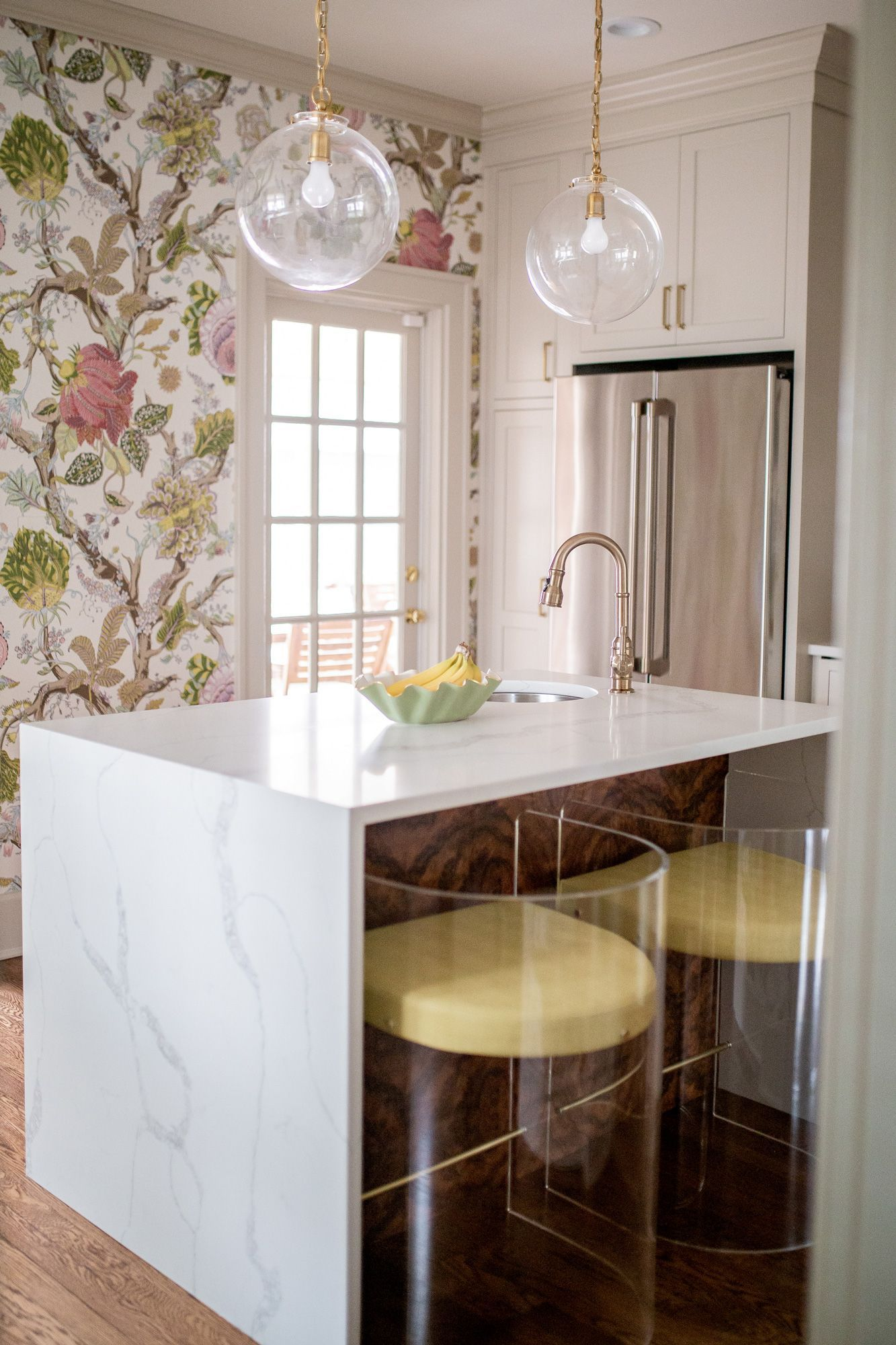 our southern transitional kitchen design glitter gingham in 2020 transitional kitchen on kitchen ideas white id=27966
