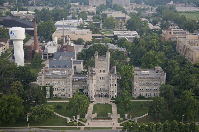 International Student Scholarship 2021 at Eastern Illinois University, United States