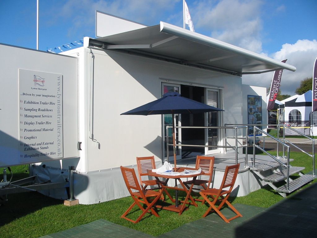 Vehicle Canopy at a Roadshow .jordansofhull.co.uk & Vehicle Canopy at a Roadshow www.jordansofhull.co.uk | Awnings ...