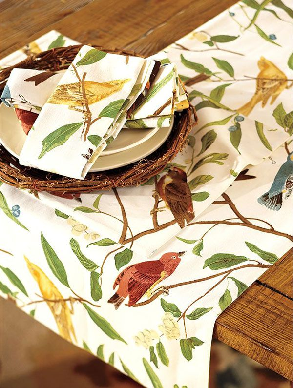 Amazing Spring Table Setting Ideas   Bird Tablecloth And Bird Tableware