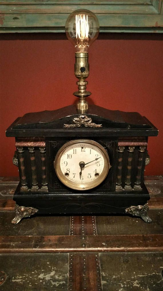 Upcycled mantle clock