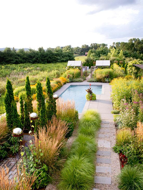 Pool and spa ideas gardens beautiful and swim for Better homes and gardens swimming pools