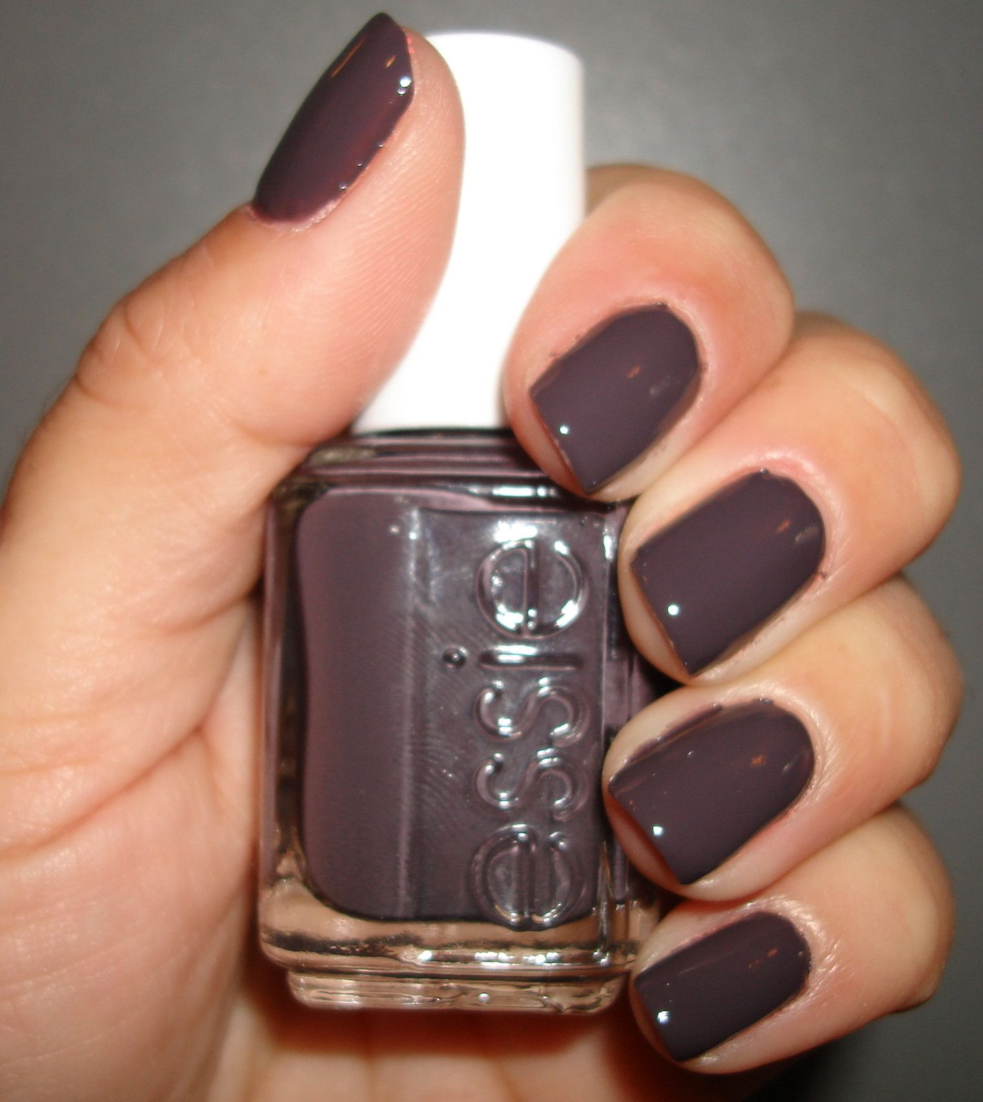 Essie nail polish lacquer ~ smokin\' hot ~ # 739 new 2011 shade ...