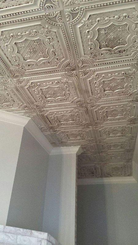 Elizabethan Shield Faux Tin Ceiling Tile 24 In X 24 In Dct