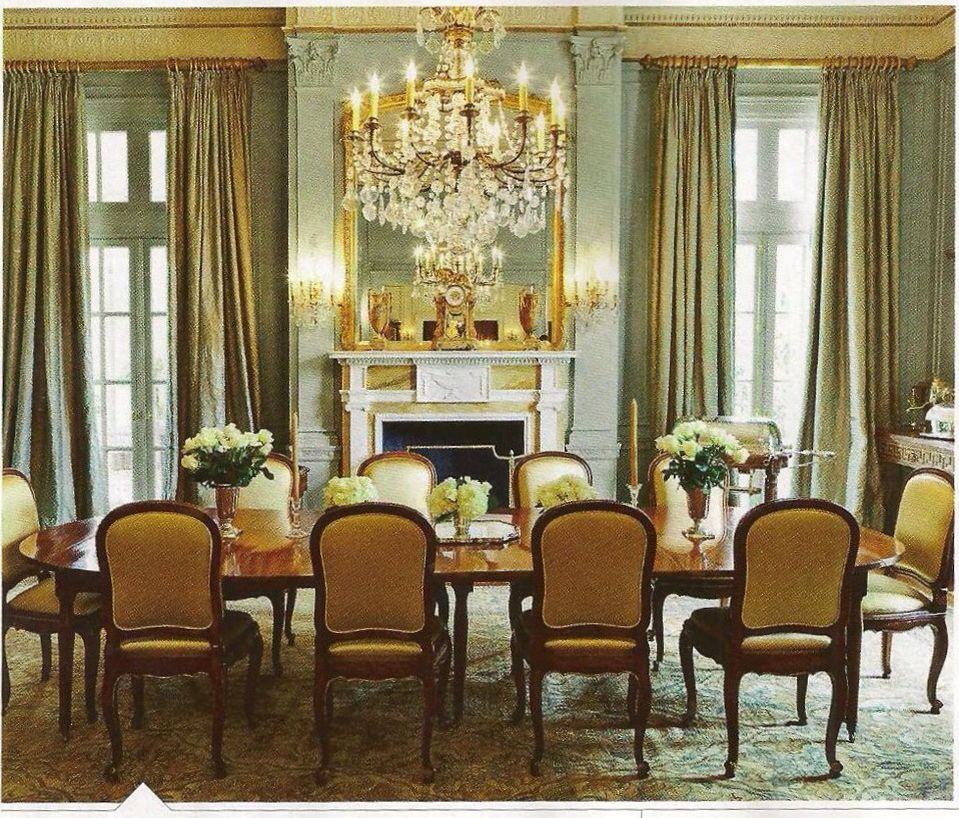 Wythe Blue Hc 143 Dining Room Benjamin Moore Paints A Lot Of