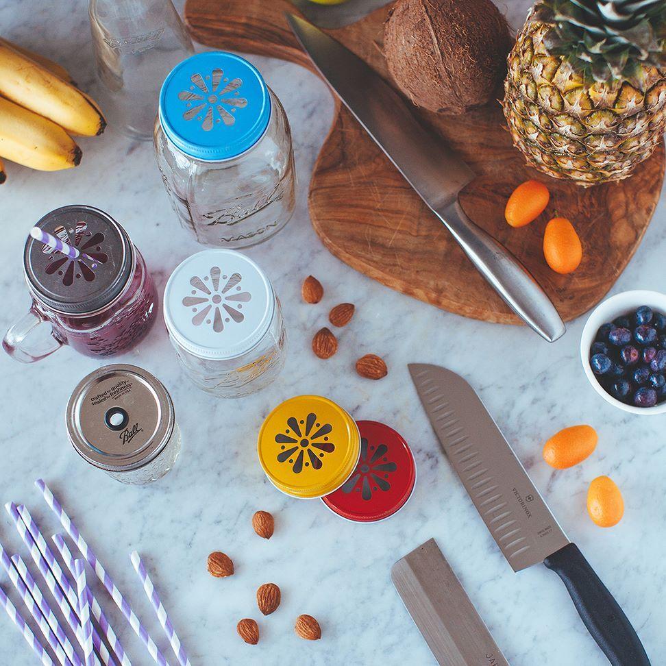 Ecco una lista di strumenti che non possono mancare nella tua cucina! Vai alla sezione SHOP del nostro sito per scoprirli tutti. Segui il link nel nostro profilo.  #centrifugato #centrifuga #kitchen #tools #victorinox #knife #ricette #cookware #strumentiutili #cucinare #incucina #cucinafacile #easycooking #cooking #juice #juicer #tagliere #coltello #masonjar #jars #bormioli by lacentrifuga