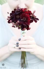 Kwiaty Na Slub W Kwietniu Szukaj W Google Floral Floral Rings Flowers
