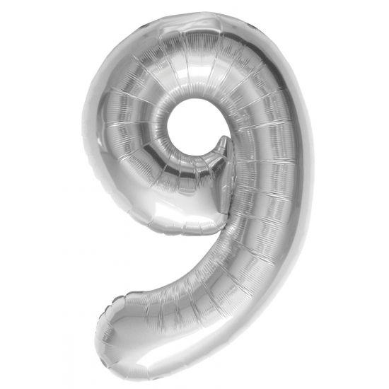 Helium ballon cijfer 9 zilver. Een zilverkleurige folie ballon in de vorm van het cijfer 9. De ballon wordt gevuld met helium bij u bezorgd. De ballon is opgeblazen ongeveer 86 cm groot. Deze folie ballon wordt gevuld met helium geleverd en kan derhalve niet worden geretourneerd.