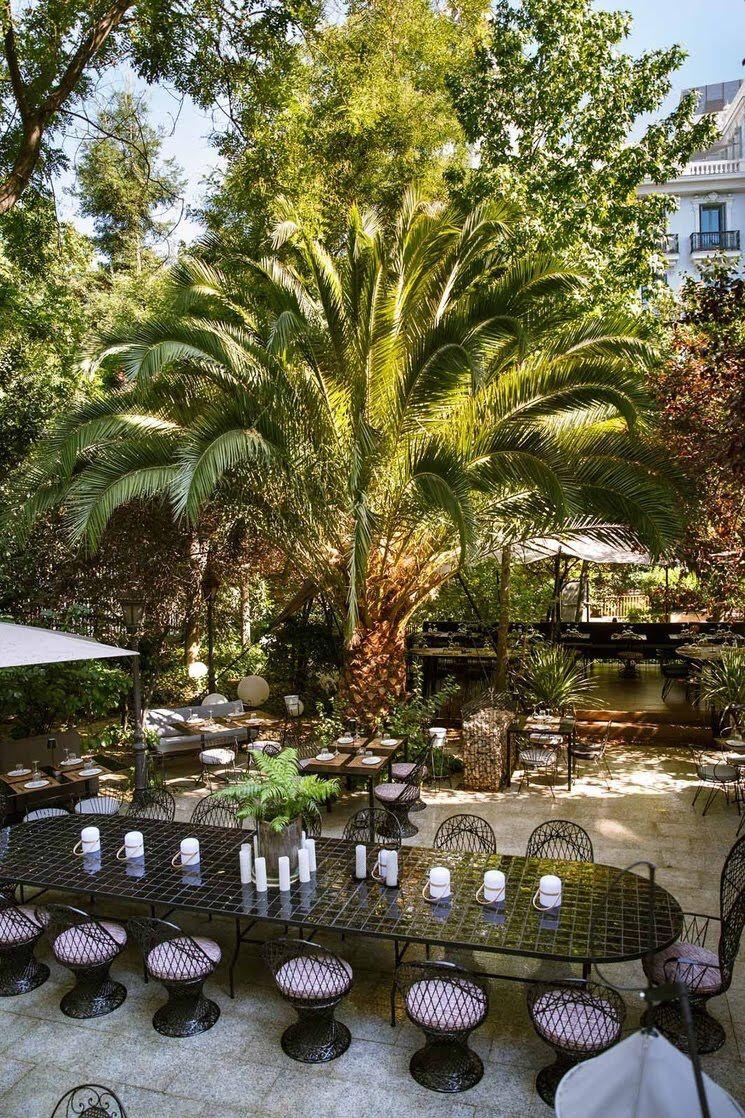 Descubre Los 10 Nuevos Restaurantes Con Interiorismo Top En Madrid Tavara Muebles Restaurantes De Moda Restaurante Jardin Restaurantes